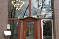 Кафе «Ванильное Небо» м. Третьяковская, замена стеклопакета в деревянном окне